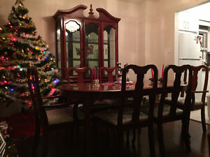 Dinning Set and Display Hutch