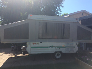 Amazing Condition Tent Trailer