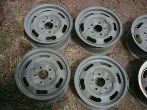 Pontiac GTO Rally 1 wheels with trim ring & cap $150 ea Peterborough Peterborough Area image 3