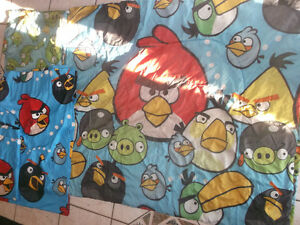 Angry Birds comforter with matching curtains and decals Gatineau Ottawa / Gatineau Area image 3