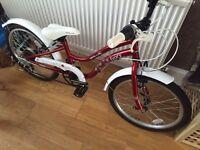 Gorgeous retro girls bike