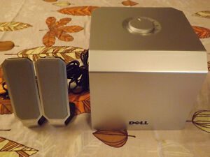 Dell Zylux A525 Multimedia Computer Speakers 2.1