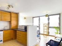 2 bedroom flat in Umberston Street, Aldgate E1