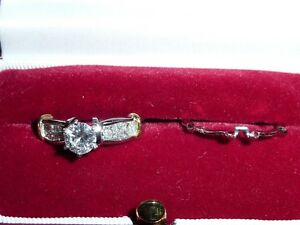 Awesome 0.93 Carat Diamond Engagement Ring - Brand New