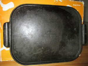 Vintage Cast Iron Griddle for BBQ/Campfire