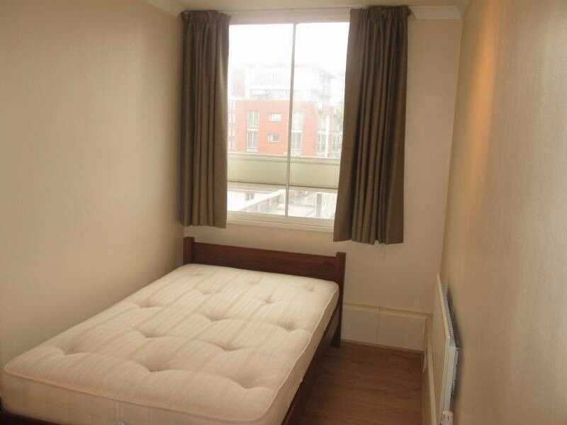 wonderful room near Mile end just for 80pw