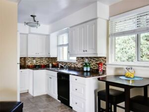Call it HOME!Bright&Clean Lovely 3Bedrm Detached
