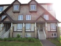 2 bedroom terrace home/condo for rent (Orleans Avalon)