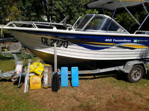 2006 Quintrex 460 Freedom Sport Bow Rider Boat