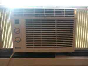 A/C Unit for sale price is negotiable