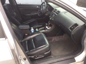 2004 Honda Accord V6 EX certified & E-Tested London Ontario image 4