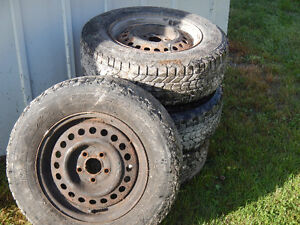 195 70 r14 winter tires on rims from sunfire