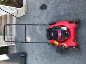 Lawnmower Grass Cutter for sale [used] 85 dollars! LAWN MOWER!!!