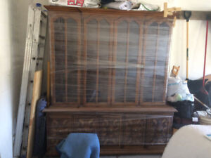 dinning buffet hutch great condition Free