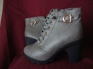 Grey Ladies Boots 6.5-7