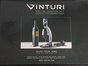 Vinturi Deluxe Red Wine Aerator Set with tower, stand & holder
