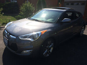 2013 Hyundai Veloster Tech - Rearview Cam / Navi / Sunroof /