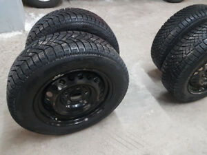 Pirelli Winter tires 195/65/R15 + steel rims