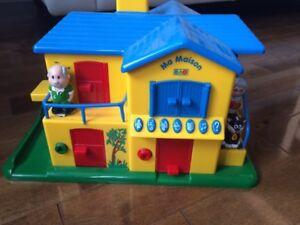 Maison jouet interactif