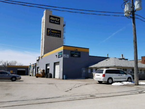 ██Commercial unit for rent in Streetsville Mississauga ██