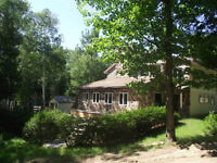 ULTIMATE PRIVACY - WATERFRONT HOME/COTTAGE