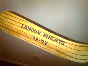 London Knights Hockey Stick '92-93 autographed London Ontario image 1