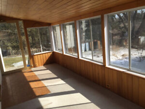 Sunroom  21''x9'  Windows , door,  wood ceiling All $200
