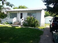 4924 19 Ave NW (Beautiful House in Montgomery)