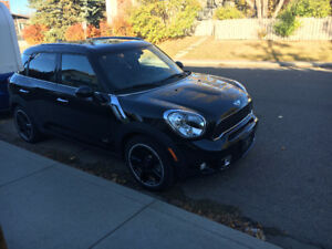 2012 MINI Cooper Countryman S Sedan