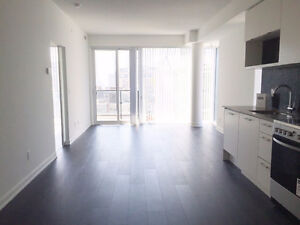 BEAUTIFUL TWO BED/TWO BATH WITH PARKING - KING WEST/QUEEN WEST