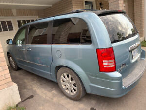 2010 Chrysler town and country 4.0L