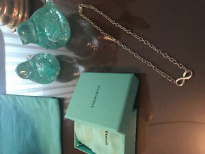 Authentic Tiffany & Co. Infinity Pendant Sterling Silver