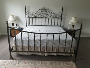 KING SIZE BED - Modern Wrought Iron