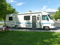 1993 Frontier Flyer 32'  GREAT CONDITION! CLASS A