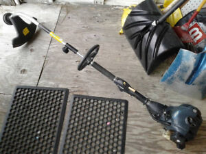 Yardworks Gas Powered Weed Trimmer as is