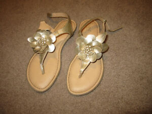 Girl size 4 Sandals