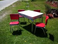 super nice retro table / chairs kitchen set
