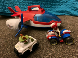 Paw patrol Air patroller plus Ryder and Tracker with vehicle