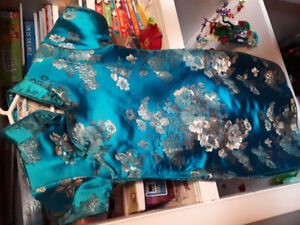 Robe chinoise 8ans et 10 ans