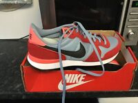 Nike trainers brand new uk size 8.5