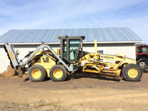 2000 Volvo Grader G726 with Forax Brush Cutter