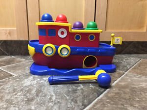 Discovery Toy,  Hammer Away Tug Boat