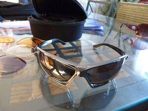 lunette de sport UVEX HAWK