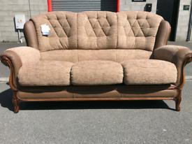 🤩🤩Brand New Divani Italian Leather and Fabric 3 Seater Sofa 🤩🤩🤩