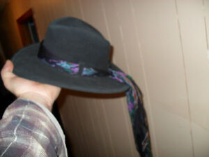 small leather cowgirl/fadora type hat Peterborough Peterborough Area image 1