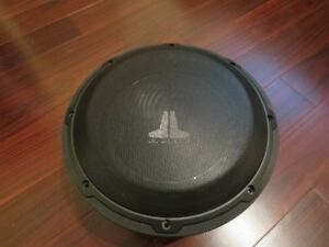 JL Audio 10w1v3 4ohm Subwoofer with JL Grill