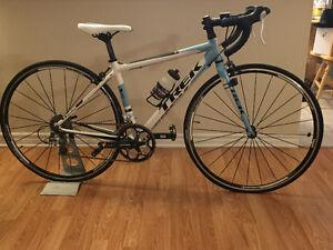 Trek Womans S 4 Road Bike!! Brand new condition,must be seen!!