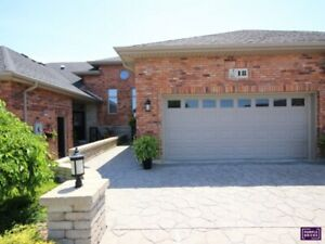 Executive Townhome / Upgrades and Custom Finishes / Immaculate