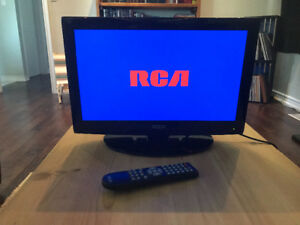"""RCA 19"""" LCD Flatscreen TV with Remote. *Great Condition."""