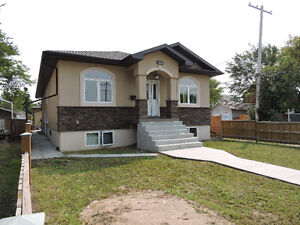 Gorgeous custom built home for sale Regina Regina Regina Area image 2